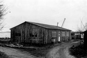 Den første bygning, som brændte ned til grunden i 1954